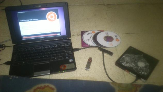 Memasang Linux di Axio Pico